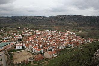Cañete, Cuenca - Image: 20070414 Cañete Vista del casco urbano desde el castillo