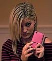 20081114 Justine Ezarik and iPhone.jpg