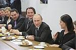 2011-02-03 Владимир Путин с коллективом Первого канала (9).jpeg