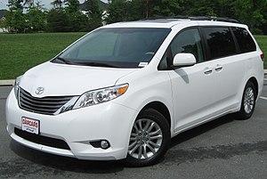 Minivan - 2011 Toyota Sienna