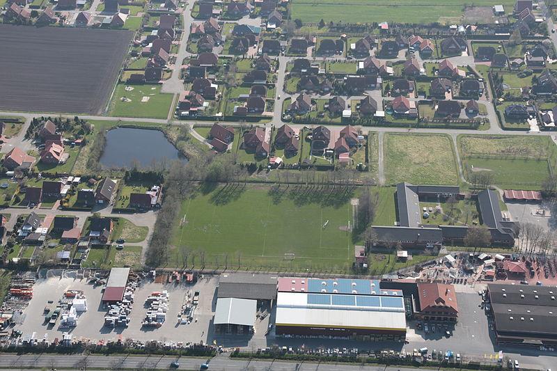 File:2013-05-03 Fotoflug Nordholz Papenburg HP 2899.JPG