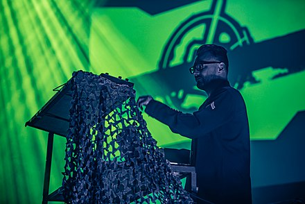 Rhys Fulber performing with Front Line Assembly in 2016 20160305 Oberhausen E-Tropolis Frontline Assembly 0015.jpg