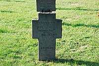 2017-09-28 GuentherZ Wien11 Zentralfriedhof Gruppe97 Soldatenfriedhof Wien (Zweiter Weltkrieg) (024).jpg