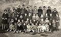 21 El Maestro D. José Casi y escolares 1925 ca.jpg