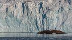 A new island released by the Svitjordbreen, Svalbard.jpg