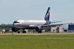 Aeroflot, VP-BZP, Airbus A320-214 (18583306378).jpg