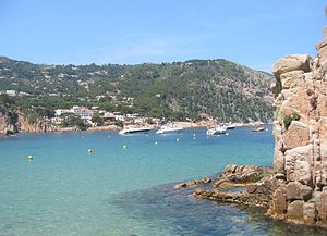 English: Aigua Blava, a small bay on the Costa Brava, Girona, Spain, near Begur, Spain, and Palafrugell
