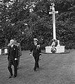 Airborne-herdenking Oosterbeek. Engelse gezant Sir Neville Butler, Bestanddeelnr 905-3114.jpg