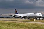 Airbus A340-642 Lufthansa D-AIHL (14498326737).jpg