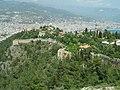 Alanya - Festungsberg - Blick von der Hauptfestung zur Nordbastion -rechts im Hintergrund die Suleman-Moschee - panoramio.jpg