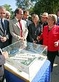 Alberto Undurraga y Michelle Bachelet en Hospital de Maipú.jpg