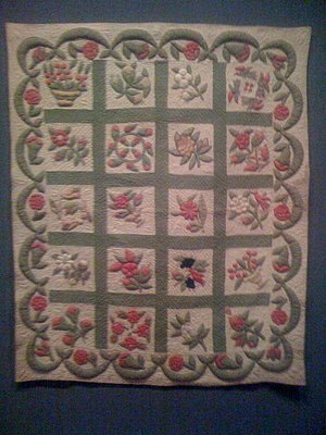 Baltimore album quilts - Image: Album Crib Quilt