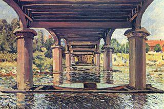 Under the Bridge of Hampton Court