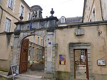 220px-Avallon-Mus%C3%A9e_de_l%27Avallonnais_%284%29 dans Yonne