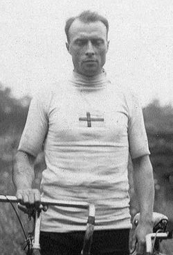 Axel Persson 1920.jpg