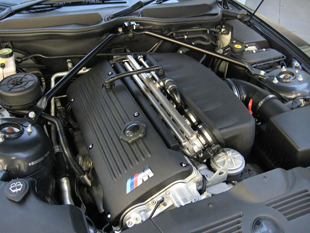 File Bmw S54b32 Engine Jpg Wikimedia Commons