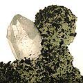 Babingtonite-Prehnite-bab03b.jpg
