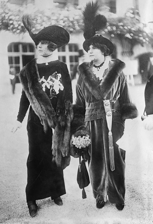 La Belle Fashions Dresses