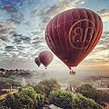 Balloons over Bagan (15667900638).jpg