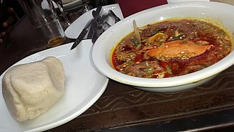 Banku - Image: Banku soup with crab and fermented maize