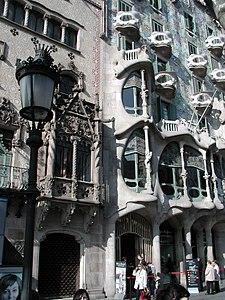 Barcelona casa batlló gaudì.jpg