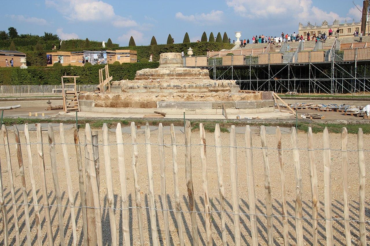 File bassin de latone au ch teau de versailles en 2013 wikimedia commons - Bassin en cuivre versailles ...