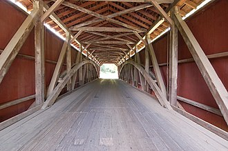 Covered bridge - Image: Baumgardener's Covered Bridge Inside Center 3008px