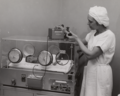 Beckman Model D Oxygen Meter with infant incubator 73666474j.tiff