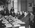 Benelux-conferentie te Brussel. Aan het hoofd van de tafel de Belgische minister, Bestanddeelnr 903-4141.jpg