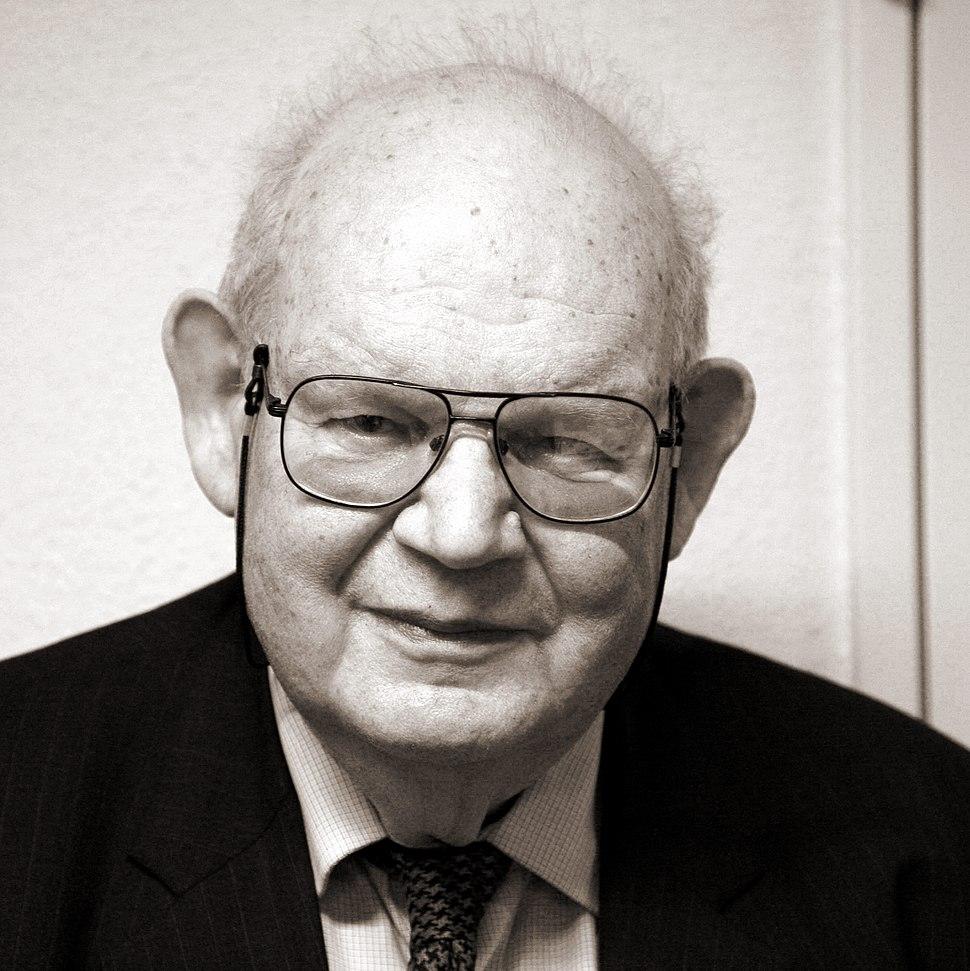 Benoit Mandelbrot mg 1804b