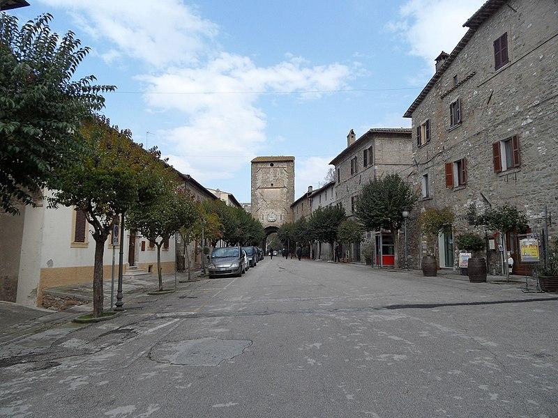 File:Bevagna - panoramio (4).jpg