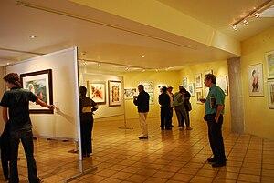 Alfredo Guati Rojo National Watercolor Museum - Visitors at the 2010 Benial Internacional de Acuarela at the museum