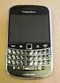 Blackberry-bold-9900-docomo.jpg