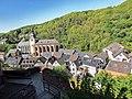 Blick von Burg Hengebach auf die Kirchen St. Salvator und St. Clemens - Bild 1.jpg