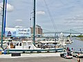 Boat ride anyone^ Tour de voilier^ Rendez-vous au Vieux de Montréal - panoramio.jpg