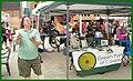 Bob Juggles between customers (35195420571).jpg