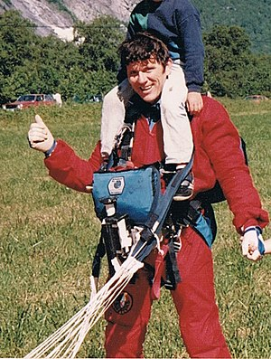 Carl Boenish - Carl Boenish after successful jump from Trollveggen; he died the following day in 1984