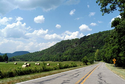 View from the Ozark Highlands Scenic Byway in Boxley Valley Boxley Valley 001.jpg