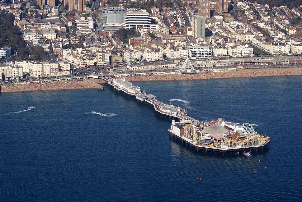 Brighton Pier, Brighton, East Sussex, England-2Oct2011 (1)