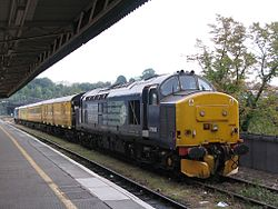 Bristol Temple Meads - DRS 37688 and 37419.jpg