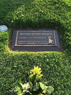 Brittany Murphy - Grave of Brittany Murphy at Forest Lawn Hollywood Hills