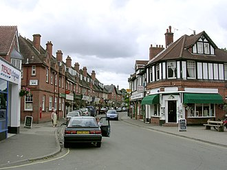 Brockenhurst - Image: Brockenhurst village centre at Brookley Road, New Forest geograph.org.uk 43422