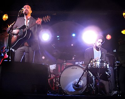 Picture of a band or musician: Broken Bells