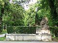 Brunnen im Friedhof am Perlacher Forst Muenchen-1a.jpg