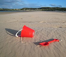 Buket and spade on Killahoey Strand - geograph.org.uk - 1426946.jpg