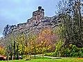 """Burg Hardenberg (Nörten-Hardenberg)Die Burg wurde durch das Erzbistum Mainz gegründet, um zwei Handelswege zu überwachen. Um 1101 wurde die befestigte Anlage erstmals als """"Vestes Haus"""" beurkundet. - panoramio (1).jpg"""