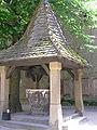 Burg Kreuzenstein - Brunnen.JPG