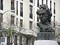 Busto de Francisco de Goya en el cruce de Goya con Alcalá, Madrid.jpg