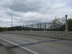 Bybee Bridge, Portland, OR, 2012.JPG