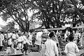 COLLECTIE TROPENMUSEUM De markt in Buitenzorg Java TMnr 10002448.jpg